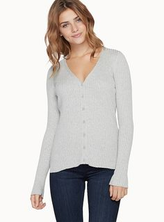 Exclusively from Twik - A wardrobe classic that pairs with jeans, skirts, dresses and more - Ultra comfortable cotton-modal blend - Buttons down the front The model is wearing size small