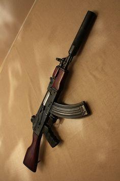 Short AK with suppressor ☔️