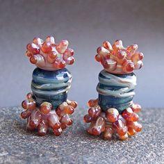 MruMru Handgewickelte Perlen Ohrring-paar legen.  von magdalenaruiz