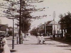 The Corso at Manly, on Sydneys northern beaches ca.1900, Photo shared by the State Library of Victoria. v@e