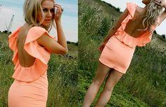Loveeee this dress!
