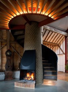 by refurbishing existing architectural elements of the 18th century barn, the architects were able to re-define a new space that showcases the elements of its past.