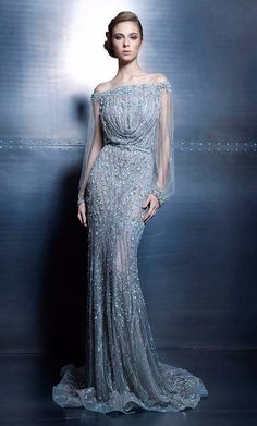 We're paying another visit to the couture universe for inspiration this Fashion Friday! Lebanese designer Ziad Nakad presents us with dazzling and divine pieces from his Elegance Vibes collec… Elegant Dresses, Pretty Dresses, Formal Dresses, Prom Dresses, Summer Dresses, Vestidos Red Carpet, Beautiful Gowns, Beautiful Outfits, Couture Dresses