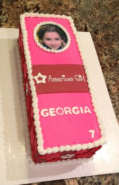 This American Girl Doll cake is perfect for an American Girl Doll themed birthday party! American Girl Cakes, American Girl Birthday, American Girl Parties, American Girl Diy, American Girl Dolls, Bday Girl, Birthday Cake Girls, Doll Birthday Cake, 6th Birthday Parties