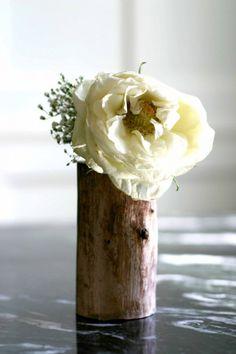 DIY - Flower Vase from a Wood Log