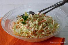 Te dejamos de nuevo la receta de esta ensalada para guarnición del blog JULIA Y SUS RECETAS.