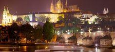 Découvrez tous nos guides de voyage sur Prague Castle, New York Skyline, Cathedral, City, Travel, Castles, Trips, Viajes, Chateaus
