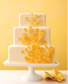 Yellow Teardrop Cake. Wedding cake. Yes please