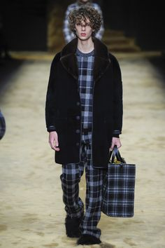 Fendi Fall 2016 Menswear Collection Photos - Vogue
