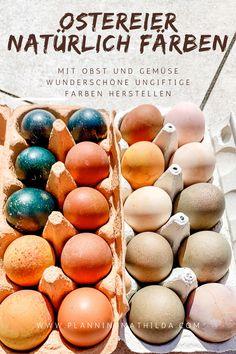 Ostereier färben macht viel Spaß, aber oft sind in den Farben bedenkliche Inhaltsstoffe. Dabei kann man ganz einfach mit Obst und Gemüse wunderschöne ungiftige Ostereier färben, die dann auch bedenkenlos gegessen werden können. Ob pastellen oder knallig, mit diesen Rezepten ist beides möglich.  #ostereier #ostern #ostereierfärben #färben #diy osterdiy #naturfarben #naturmaterialien #naturdiy Easter Eggs, Food, Happy Easter Day, Bakken, Awesome Things, Simple, Coloring Easter Eggs, Meal, Hoods