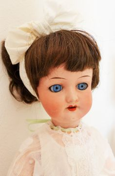 Bambola testa biscuit. Antica bambola tedesca.  di bamboleantiche, €170.00