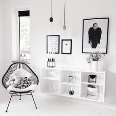 Basically everyone's new favorite chair. Photo via @ellegermany. #acapulcochair #decor #SOdomino