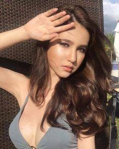 Miss Thailand Rinrada Thurapan, or known as Yoshi Yoshi, Interesting Faces, Celebs, Celebrities, Tgirls, Crossdressers, Transgender, Asian Beauty, Asian Girl