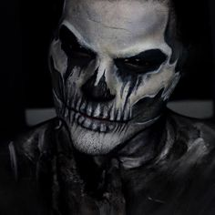 """""""I am become death, destroyer of worlds"""" ✖️ Four Horsemen: Death makeup tutorial is live! Click the link in my bio to see how I completed the makeup  All face paint is @mehronmakeup and shading is their """"Earth"""" Pressed Pigment Palette! Highlights are using the @batalashbeauty in collaboration with @sauceboxcosmetics! ✖️ Enjoy!"""