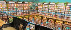 http://mundodelivros.com/livrarias-mais-interessantes/ - Hoje decidimos listar as 10 livrarias mais interessantes do mundo e que merecem a sua visita num futuro próximo. Faça-se acompanhar da máquina fotográfica assim como do porta-moedas porque uma coisa lhe garantimos: no final da sua visita é provável que saia com imensas fotografias e um ou dois livros novos.