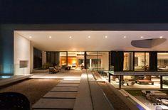 Dakar Sow House / SAOTA