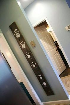 So loving this family board idea! (by kitchen/hall door) --Facebook--