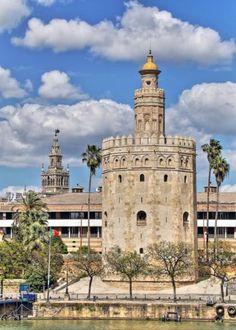 Torre del Oro, estilo Almohade, Sevilla - Bury al-dahab, mandada construir por Abù I-Ulà en el año 1220