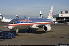 Boeing 757-223 - American Airlines .