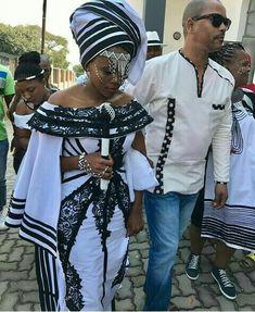 Tswana Traditional Wedding Dress Unique Xhosa Traditional Dresses for Weddings African Wear, African Attire, African Women, African Dress, African Beauty, African Traditional Wedding Dress, African Fashion Traditional, Traditional Outfits, Traditional Weddings