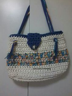 just a pic--like the colors and bag design!