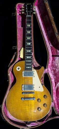 Les Paul Guitars, Gibson Les Paul, Music Instruments, Vintage, Musical Instruments, Vintage Comics