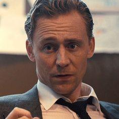 Tom Hiddleston Loki, Thomas William Hiddleston, Loki Thor, Loki Laufeyson, Beautiful Boys, Gorgeous Men, Foto Gif, Min Yoonji, Marvel Actors
