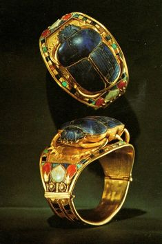 "Egyptian Gold Scarab Bracelets, ca. 1332 BC – 1323 BC, Dynasty, New Kingdom, found in 1922 inside the tomb of ""King Tut"" Tutankhamun. Objets Antiques, Ancient Egyptian Jewelry, Egyptian Scarab, Egyptian Mythology, Egyptian Goddess, Ancient Egypt Fashion, Scarab Bracelet, Bangle Bracelet, Art Antique"