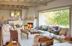 Cottage decor: Living room | via El Mueble