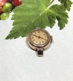Friend watch gift, Wrist watch, Women watches, Ladies watch, Birthday watch gift, Gold filled, 1940 Waltham ladies wrist watch, 17 jewels