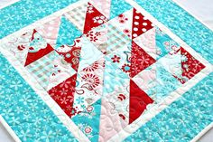 Quilted Summer Table Topper, Turquoise Red White, Reversible Table Mat, Square Table Runner, Floral Table Quilt, Quiltsy Handmade by RedNeedleQuilts on Etsy
