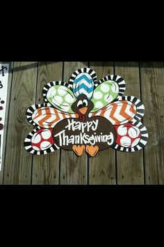 Turkey door hanger by CountryCreationsDoor on Etsy Burlap Projects, Burlap Crafts, Wooden Crafts, Wooden Decor, Wood Projects, Fall Projects, Thanksgiving Crafts, Thanksgiving Decorations, Fall Crafts