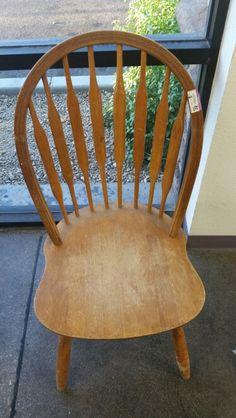 Ich kaufe den Stuhl.  Der Stuhl kostet $1,99