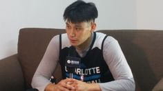 The middle phase is always a bit awkward- Jeremy Lin's take on going from short to long hair from #NBAGlobalGames