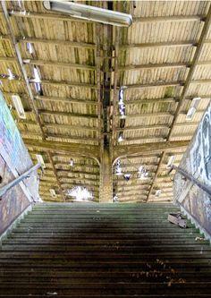 S-Bahnhof Wernerwerk, Berlin. Weitere verlassene Orte: http://www.travelbook.de/deutschland/Lost-Places-Die-vergessenen-Orte-von-Berlin-539772.html