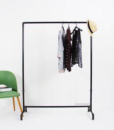 Garderoben - Kleiderstange  Industry Stahlrohr - ein Designerstück von stahlrohr-art bei DaWanda