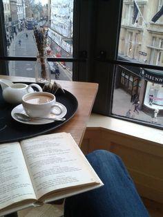 Coffee And Books, Coffee Love, Coffee Break, Morning Coffee, Coffee Pics, Cozy Coffee, Autumn Coffee, Black Coffee, Quotes Literature