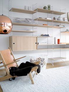 Ikea Closet Storage Systems Awesome the Search for the Ideal Shelves Wsj Modular Shelving, Wire Shelving, Scandinavian Bookshelves, String Regal, String Shelf, Closet Storage Systems, String System, Deco Design, Design Design