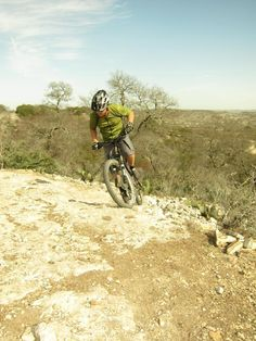 Flat Rock Ranch Mountain Bike Trail in Comfort, Texas || SINGLETRACKS.COM