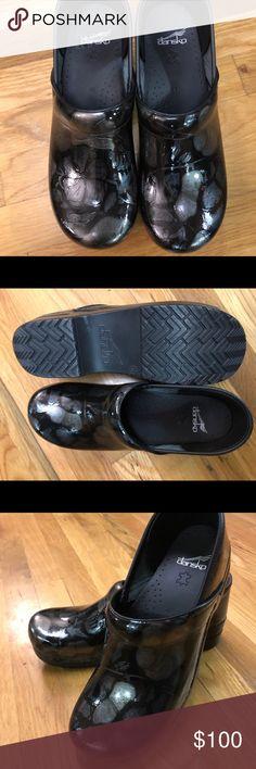 New-Dansko XP clogs New, Size 42 Dansko Shoes