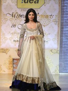 Shilpa Shetty in Bridal Anarkali by Manish Malhotra