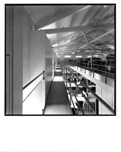 AGUIIRE NEWMAN Headquarters, Madrid. © Ana Muller, fotográfo. allende arquitectos 1999-2002 Open House Madrid, Opera House, Building, Architects, Buildings, Construction, Opera