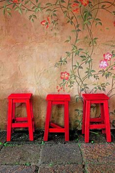 User-friendly fluro #paints to make your #DIY and upcycled furniture projects pop!
