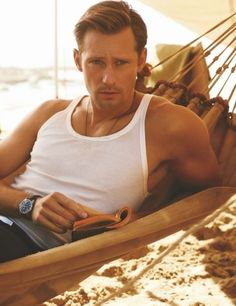 ImageFind images and videos about Hot, true blood and alexander skarsgard on We Heart It - the app to get lost in what you love. Eric Zimmerman, Serie True Blood, Pretty People, Beautiful People, Skarsgard Family, Eric Northman, Christian Bale, Christian Grey, Raining Men