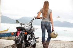 Some days ago, I have written many articles to help single bikers who want to have a biker dating to tell the personality of them by constel. Lady Biker, Biker Girl, Motorcycle Style, Women Motorcycle, Motorcycle Engine, Ducati, Biker Dating Sites, Harley Davidson, Hot Bikes
