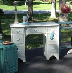 cottage instincts: ::Marcie and My DIY Chalk Paint Review::