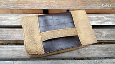 Fertelli | Clutch | Cat | Cartera tipo clutch con opción de tirante de cadenita. | www.fertellicr.com