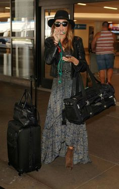 Nikki Reed Trendy Boho Style featured the Tesseare Maxi Dress Nikki Reed, Skirt Fashion, Love Fashion, Autumn Fashion, Mom Outfits, Cute Outfits, Summer Outfits, Chanel West, Bonnie Wright