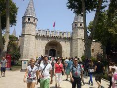 Yo Soy Guia y Conductor Privado,Oficial del ministerio de la Cultura y Turismo en Estambul y solo yo doy servicio de Guia para los Grupos Privados y hago excursiones personalizadas  Halil Karadeniz Direcciones de Contacto  Celular y WhatsApp +90 532 313 63 62 guiadeestambul@gmail.com http://guia-de-estambul.com/ (Pagina de Web) https://www.facebook.com/ElGuiaEspanol http://www.linkedin.com/pub/private-tour-guide-in-istanbul