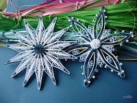 quilling ,ozdoby choinkowe Paper Quilling Tutorial, Paper Quilling Patterns, Quilling Paper Craft, Quilling Flowers, Quilling Designs, Paper Crafts, Origami Christmas Ornament, Quilling Christmas, Christmas Snowflakes
